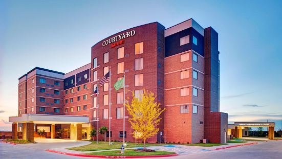 Courtyard by Marriott Dallas Carrollton