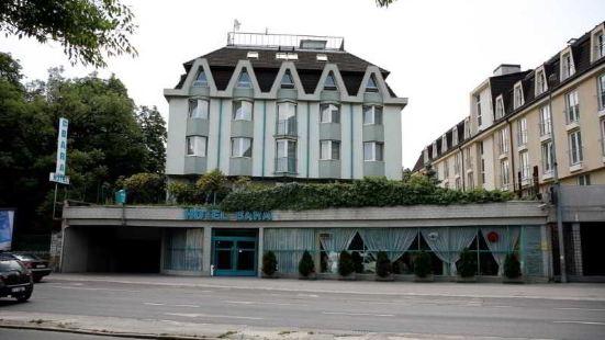布達佩斯巴拉酒店