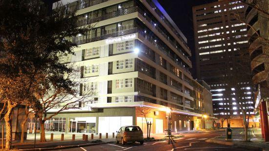 瑟克廣場酒店