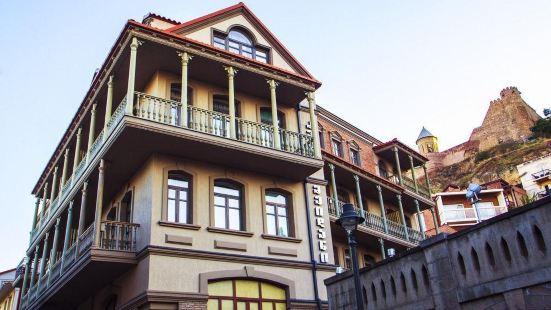 第比利斯老美丹酒店