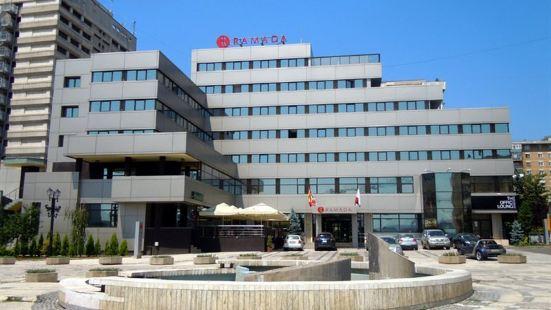 雅西城市中心華美達酒店