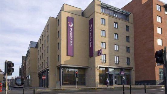 Premier Inn Lauriston Place