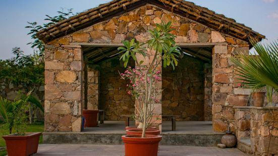 哈什村莊酒店