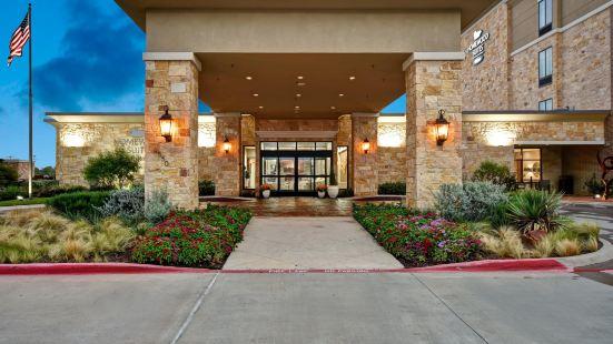 達拉斯阿林頓南部希爾頓欣庭套房酒店