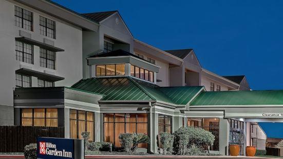 聖安東尼奧機場希爾頓花園酒店
