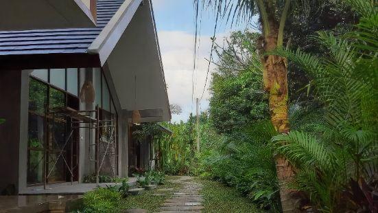 Yarama Cottages