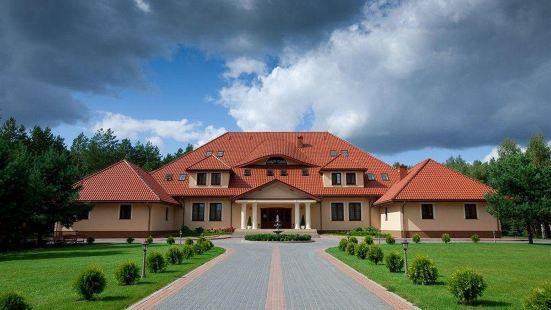 Hotel Dworek Tryumf