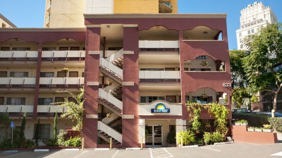 聖迭戈/市區戴斯酒店與會展中心
