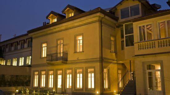德瓦雷澤酒店
