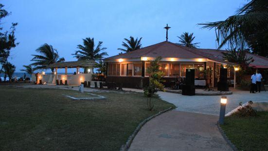 克羅裏海灘俱樂部旅館