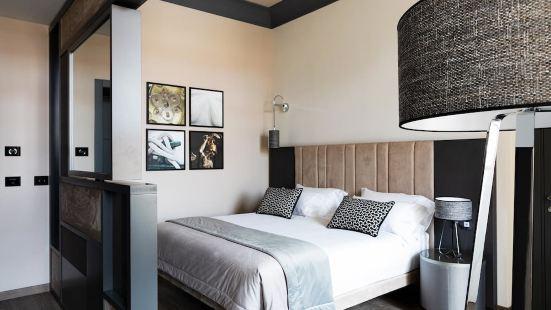 Amadomus Luxury Suites