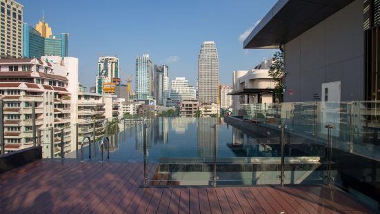 娜娜&阿蘇克全新公寓+網紅頂樓無邊泳池