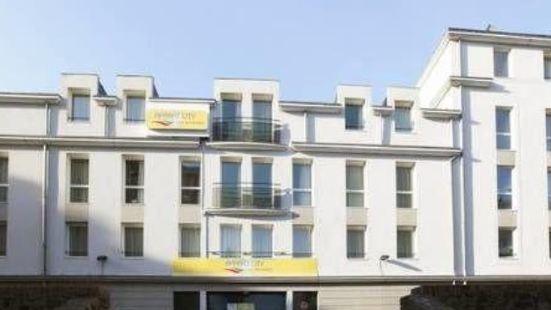 城市公寓南特洛爾站台酒店