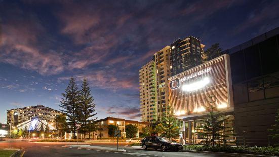 Oracle Resort, Broadbeach - We Accommodate