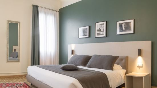 Grand Canal Suites