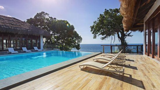Ocean's Edge Resort