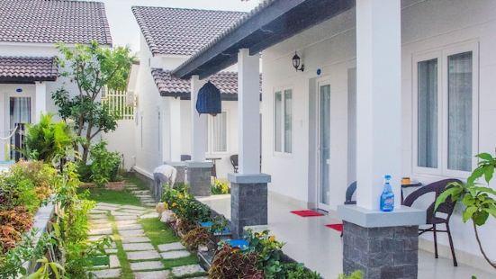 Anna Nguyen Resort Bungalow