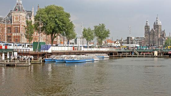 阿姆斯特丹巴朗圭家庭旅館