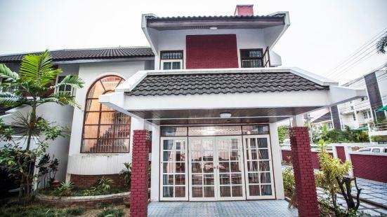 Chiangmai 5 room villa