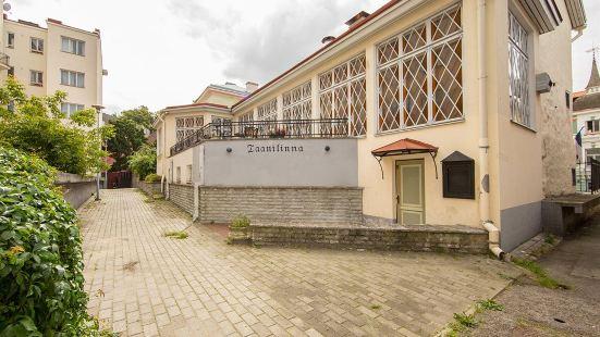 타닐라 호텔