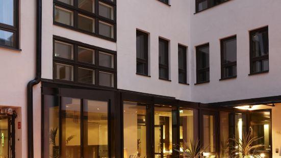 호텔 파비안
