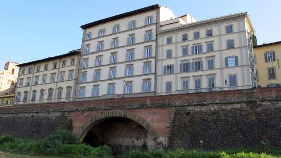 Family Apartments Rinascimento Palace