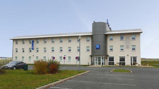 盧瓦爾河畔科訥庫爾宜必思快捷酒店