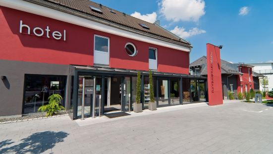 Amalienburg Boutique & Boarding Hotel