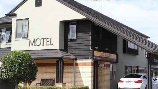 昆特洛奇汽車旅館