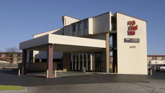 塔爾薩紅屋頂汽車旅館