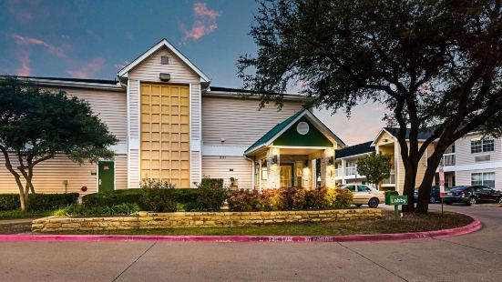 HomeTowne Studios Dallas - North Addison - Tollway
