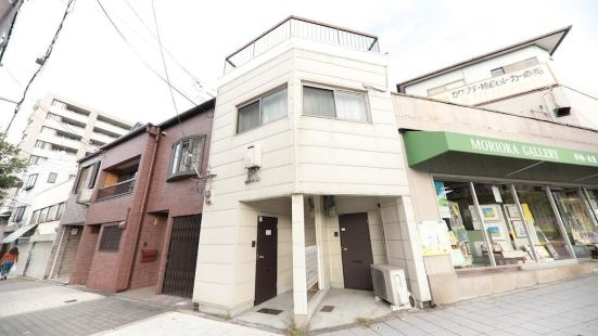 Omotenashi Usagi Apartment Shinsekai (15-11)