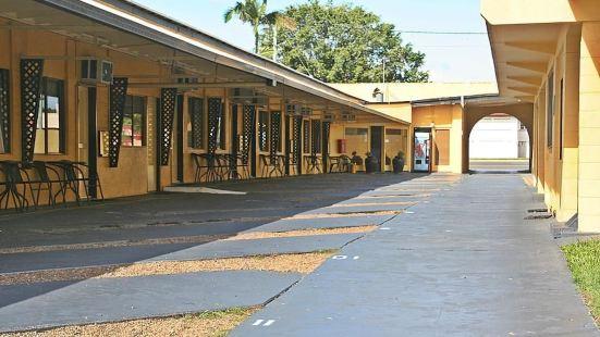 Bourbong St Motel