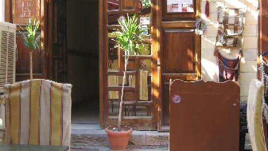 盧克索娜芙蒂蒂酒店