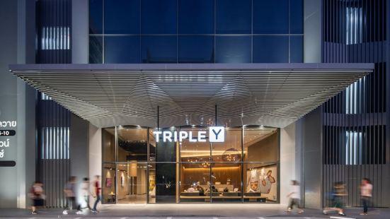 Triple Y Hotel