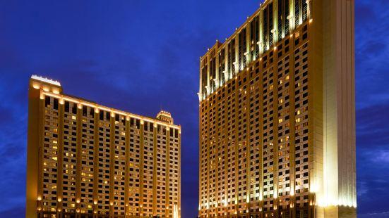 Hilton Grand Vacations Suites on The Las Vegas Strip