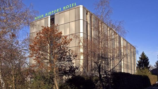 나쉬 에어포트 호텔