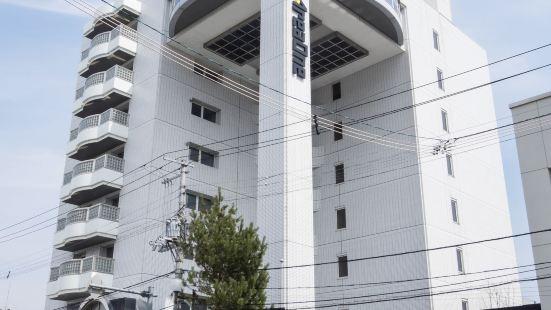 阿里歐旺奧比西羅酒店