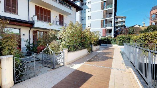 聖西羅附近花園公寓酒店
