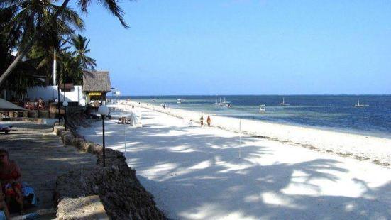 肯尼亞灣海灘酒店