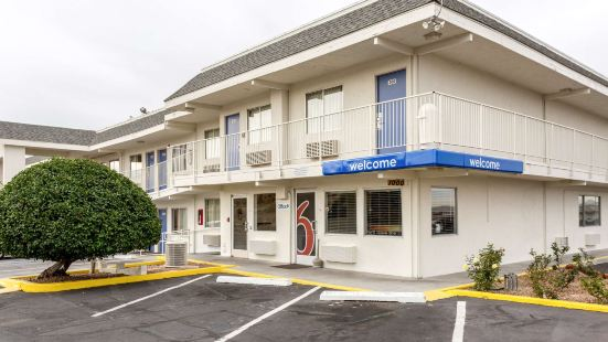Motel 6-Albuquerque, NM - South - Airport