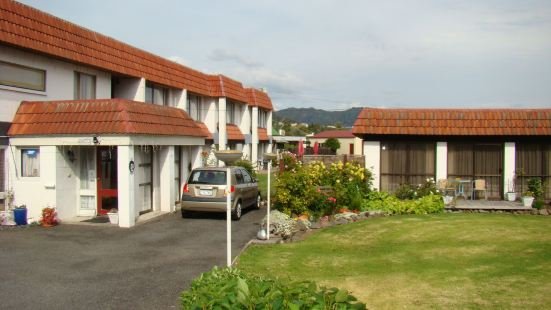 阿瓦朗汽車旅館