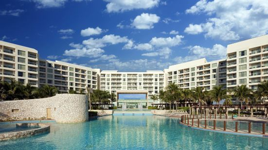 The Westin Lagunamar Ocean Resort Villas & Spa Cancun