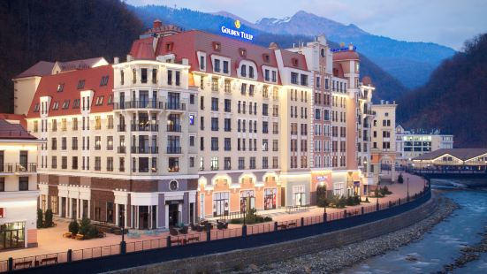 金色鬱金香羅莎庫託爾度假酒店