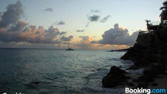 藍寶石海灘度假酒店