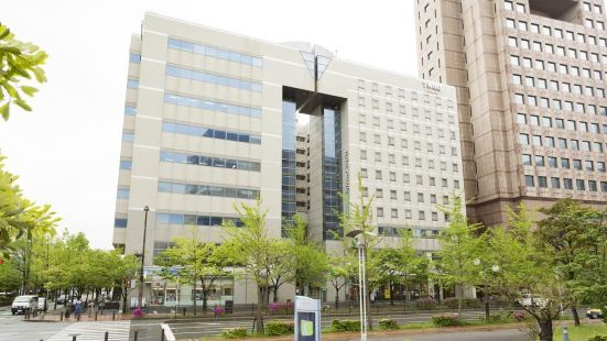 海濱雙百道酒店