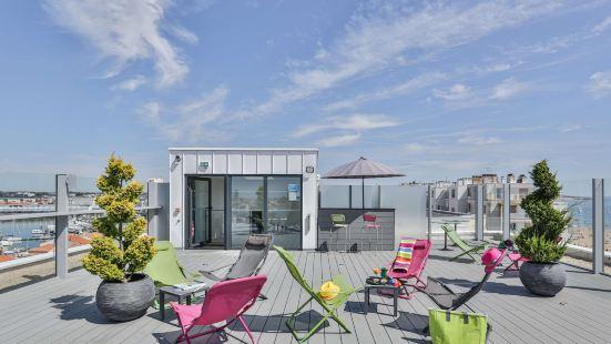 基里亞德萊薩布勒多洛訥酒店 - 海灘 - 會議中心