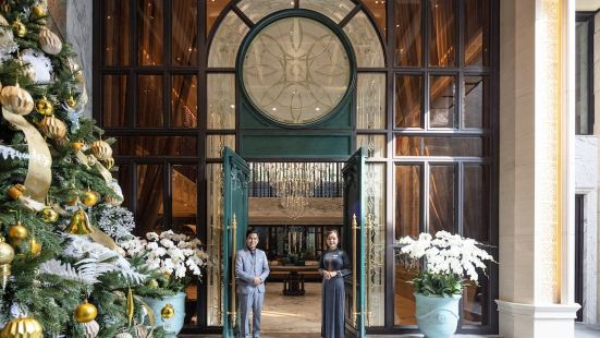 Peridot Grand Hotel & Spa by Aira