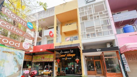 OYO 743 Sweet Mango Cafe and Hostel