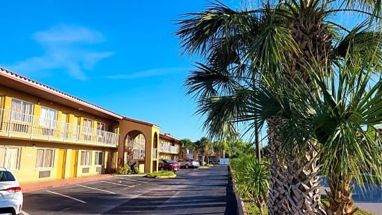 Days Inn Orlando UCF Area